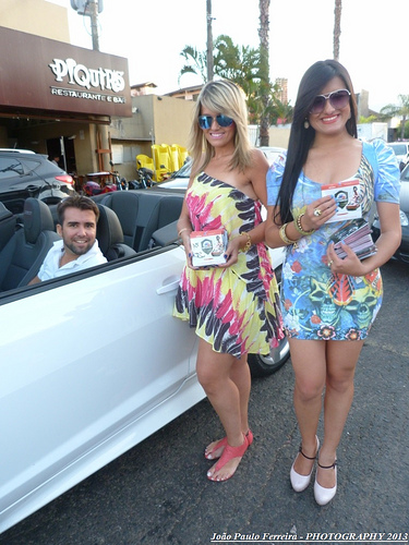 hostess photo